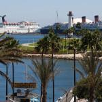 Cruise ship in Long Beach