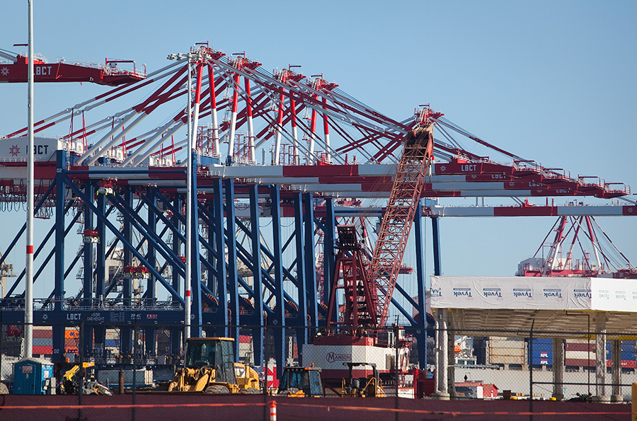 Why are truck drivers at L.A., Long Beach port striking?