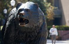 UCLA bruin statue