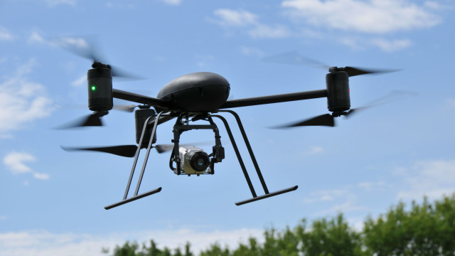 Draganflyer X6 carrying a thermal infrared camera. Courtesy Draganfly Innovations Inc.