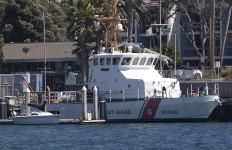 Coast Guard boat. Photo by John Schreiber