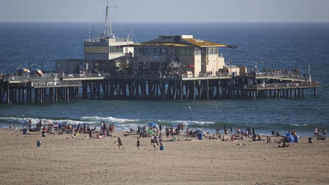 Santa Monica beach and pier. Photo by John Schreiber.