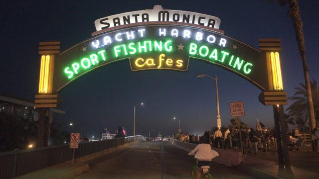 The entrance of the Santa Monica Pier. Photo by John Schreiber.