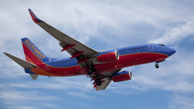 File photo of a Southwest Airlines 737 landing at LAX. Photo by John Schreiber.