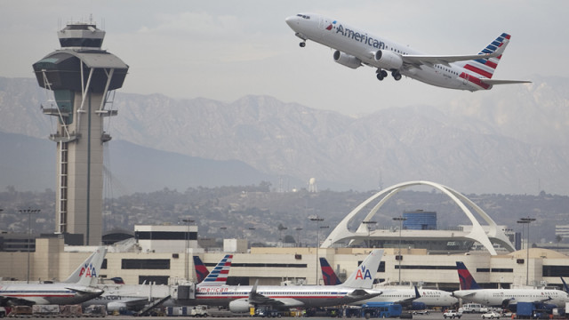 American jet takeoff at LAX