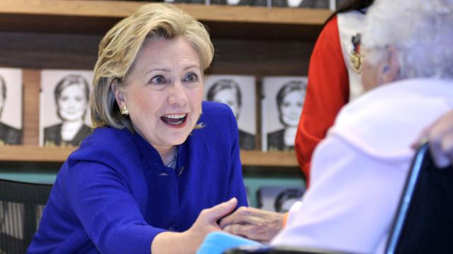 Hillary-Clinton-at-Warwicks-13-640x360