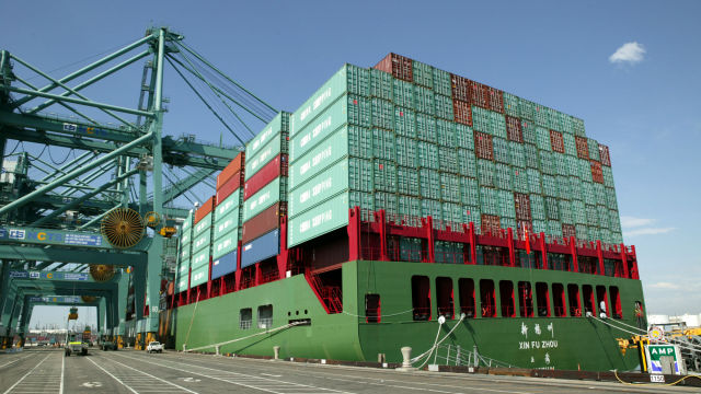 Examples of shipping containers at Port of Los Angeles. These were not involved in substance leak.