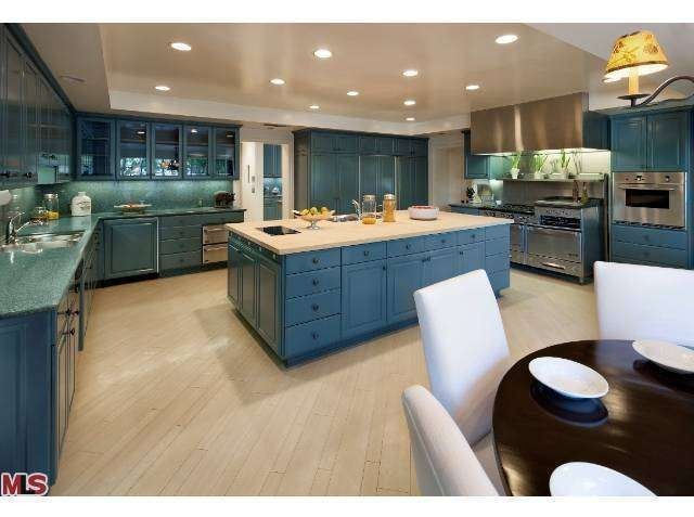 Lovely ... Bob Hope Kitchen 2 092114 ...