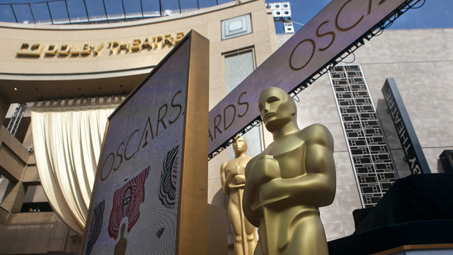 The Oscars Red Carpet in Hollywood. Photo by John Schreiber.