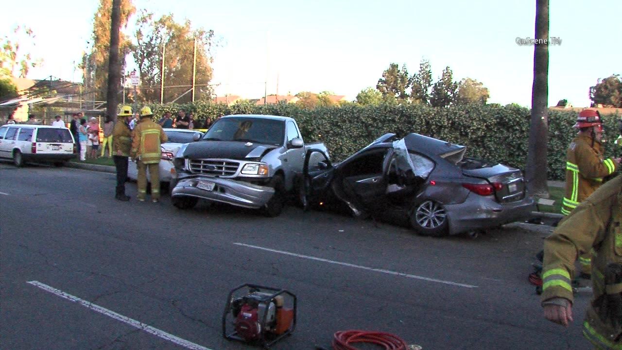 Street racing possible cause of Van Nuys multi-car crash - MyNewsLA.com