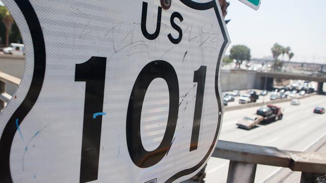 101 freeway sign