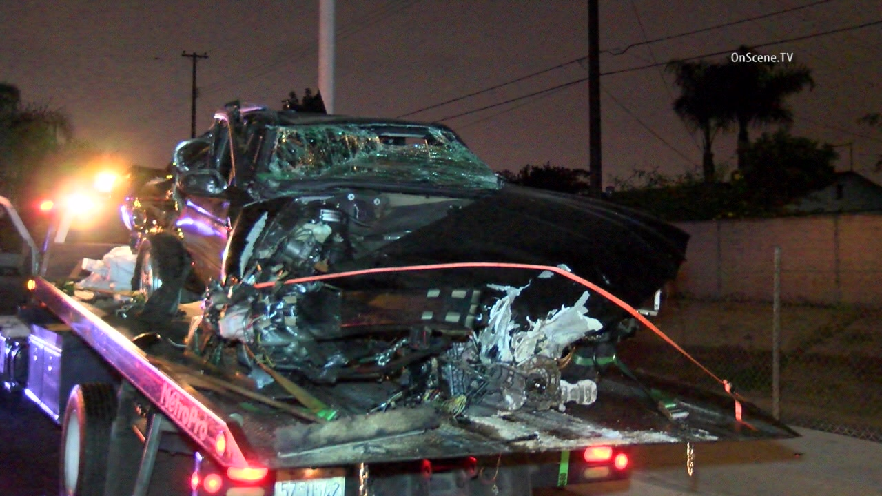 power outage in santa ana after car hits trees, pole - mynewsla