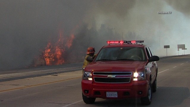 Eastbound Pomona Freeway was closed because of the Lincoln Fire. Photo courtesy of OnSceneTV