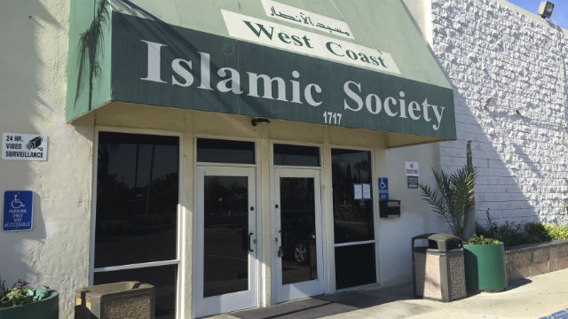 The entrance to the West Coast Islamic Society in Anaheim. REUTERS / Tim Reid