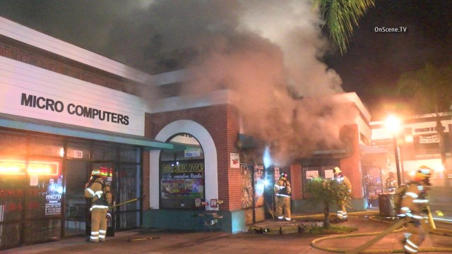 No Fun At Party Store Billowing Building Blaze In Santa Ana