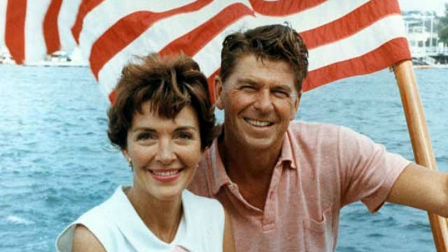 640x360 Ronald_Reagan_and_Nancy_Reagan_aboard_a_boat_in_California_1964