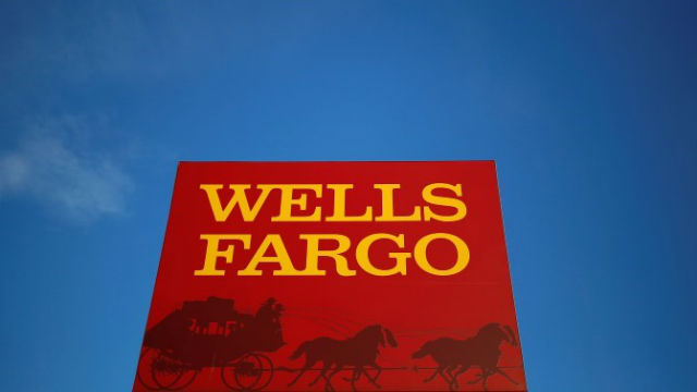 Wells Fargo Co New (WFC) Holder Franklin Resources INC Upped Its Holding