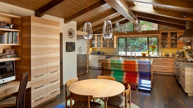 Canyon ranch house by Susan Jay Design. Original photo on Houzz