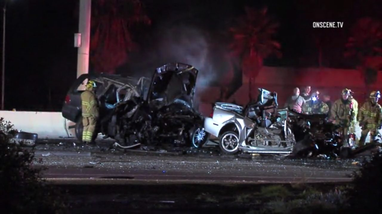 Wrong-way driver, two fiery deaths on 405 freeway in Costa Mesa