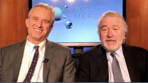 Robert F. Kennedy Jr. and Robert De Niro. Image via ecowatch.com