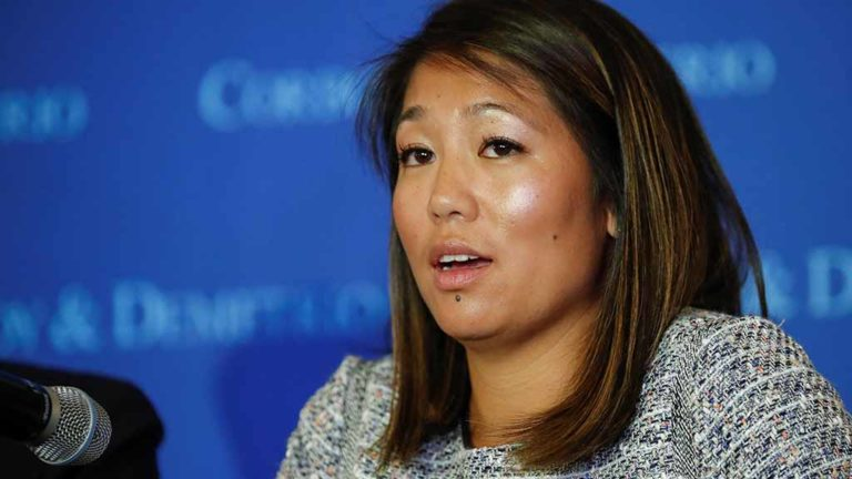 Crystal Dao Pepper, daughter of Dr. David Dao, speaks during a news conference at Union League Club in Chicago, Illinois, U.S. April 13, 2017.  Photo by Kamil Krzaczynski via Reuters