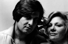 Joseph Bologna and wife Renee Taylor in 1974.