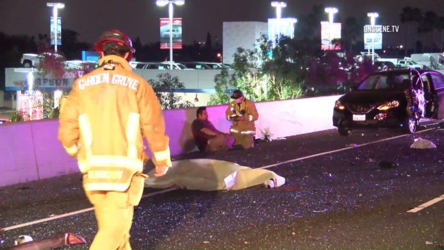 1 Dead 3 Injured In Chain Reaction Crash On 22 Fwy In Orange County