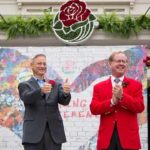 Gary Sinise being announced as 2018 Rose Parade grand marshal.