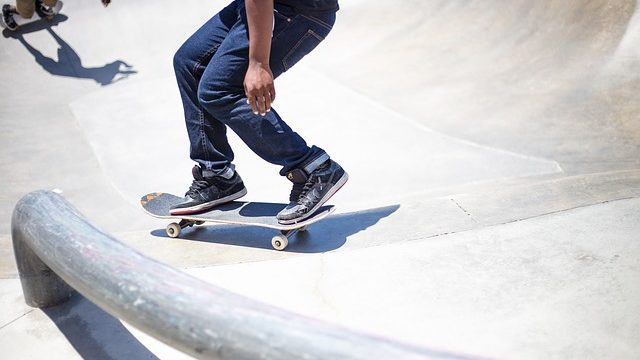 An example of skateboarders riding at a park. Photo from Pixabay.