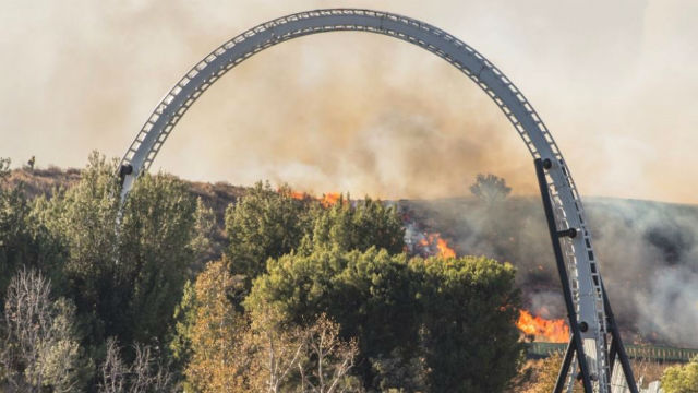 Rye Fire burning near Six Flags grows to 7000 acres