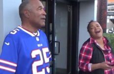 O.J. Simpson and daughter Arnelle in Las Vegas street interview.
