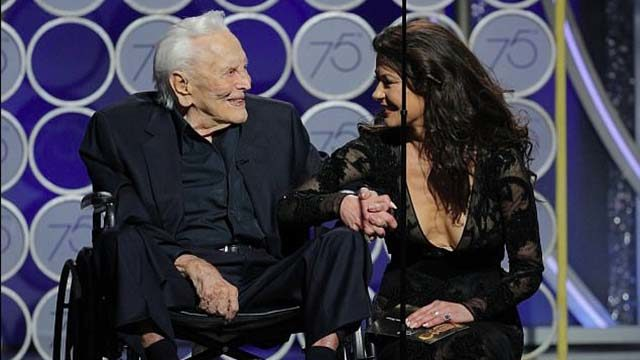 Kirk Douglas and daughter-in-law Catherine Zeta-Jones at Golden Globe Awards.