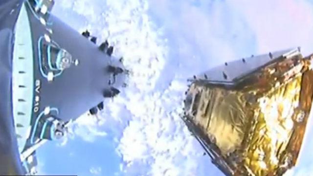 Iridium satellite released into orbit
