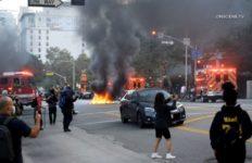 Rioting in Los Angeles