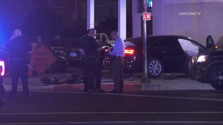 Sheriff's deputies at scene of shooting